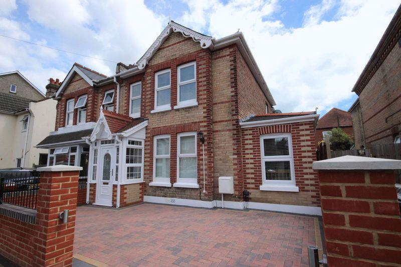 4 Bedrooms Semi Detached House for sale in Parkwood Road, Southbourne, Bournemouth