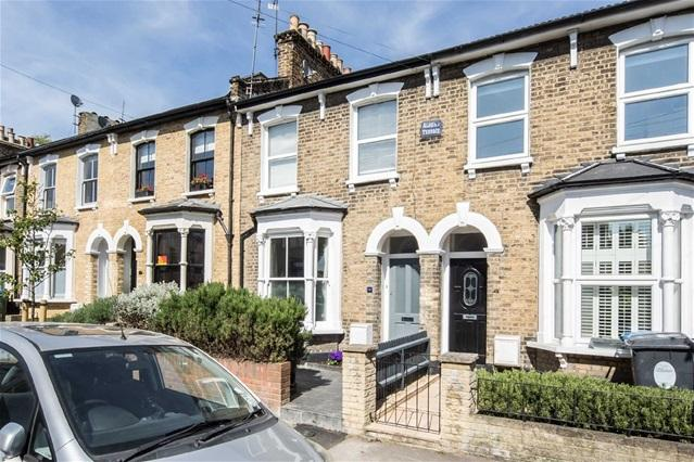 3 Bedrooms House for sale in Pembroke Road, Walthamstow