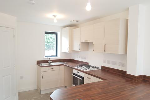 2 bedroom end of terrace house to rent - Sir Harry Secombe Avenue, Swansea