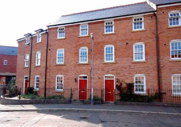 2 Bedrooms Ground Flat for sale in Sovereign Heritage Well Lane, Rothwell