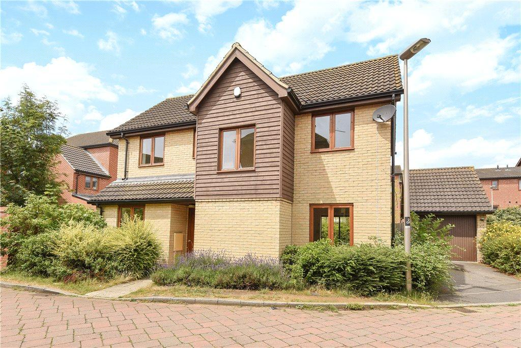 4 Bedrooms Detached House for sale in Goodrington Place, Broughton, Milton Keynes, Buckinghamshire