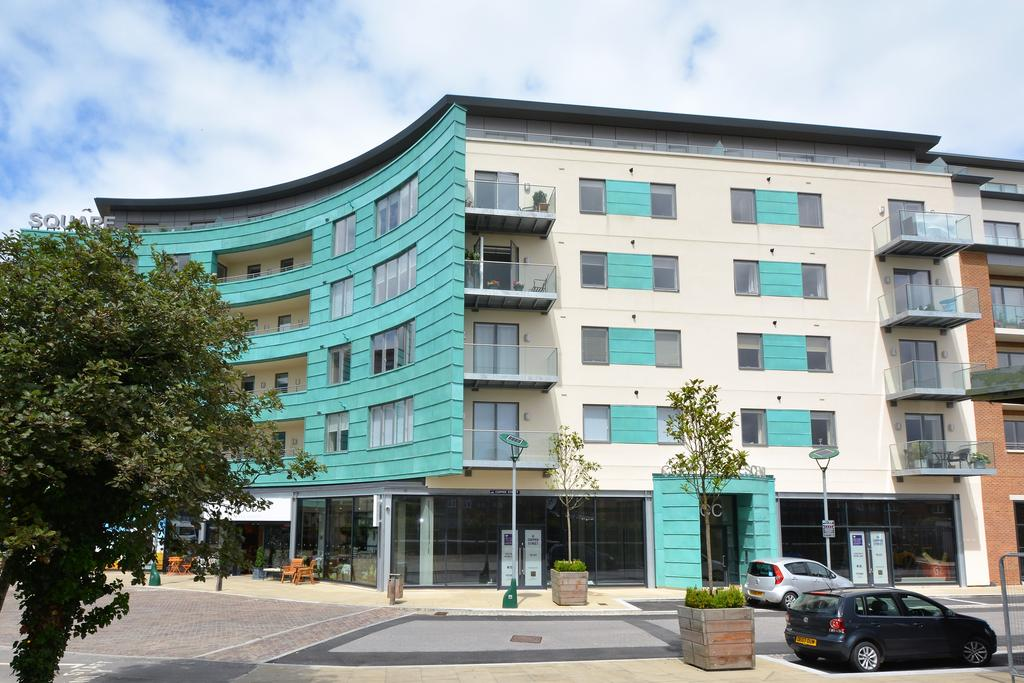 2 Bedrooms Apartment Flat for sale in Brewery Square, Dorchester DT1