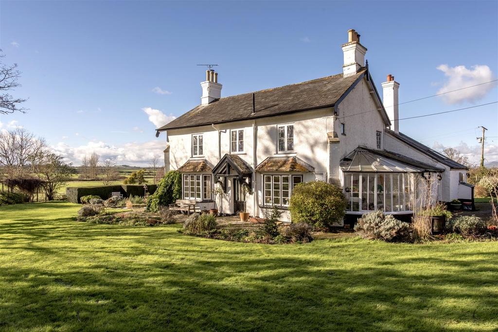 4 Bedrooms Detached House for sale in Stoke St. Mary 1.75 Acres