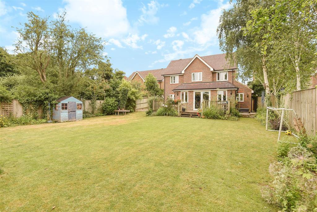 5 Bedrooms Detached House for sale in Broad Field Road, Yarnton