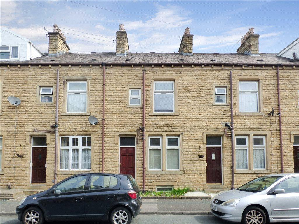 3 Bedrooms Terraced House for sale in Victoria Avenue, Keighley, West Yorkshire