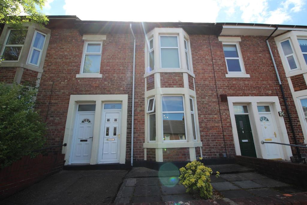 2 Bedrooms Flat for sale in Stratford Grove West, Newcastle Upon Tyne