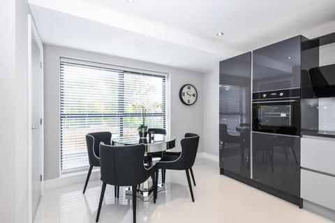 2 bedroom duplex for sale - APARTMENT 7, GARMONT COURT, CHAPEL ALLERTON, LEEDS, LS7 3LY