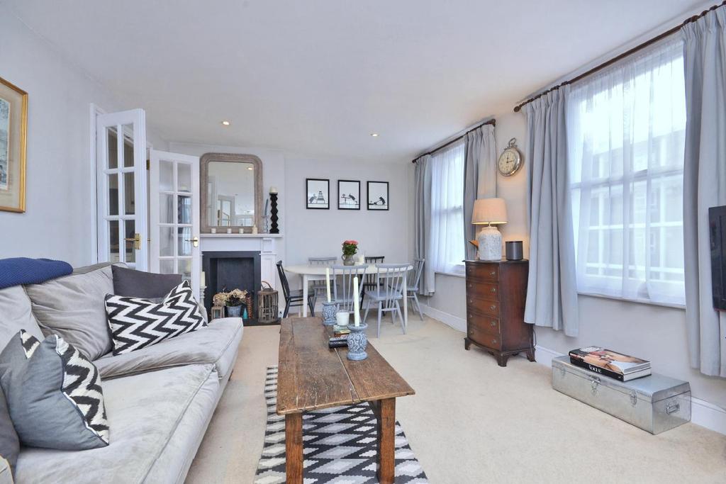2 Bedrooms Flat for sale in Burnthwaite Road, Fulham, SW6