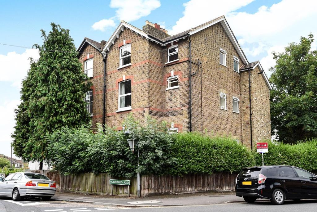 1 Bedroom Flat for sale in Wordsworth Road, Penge