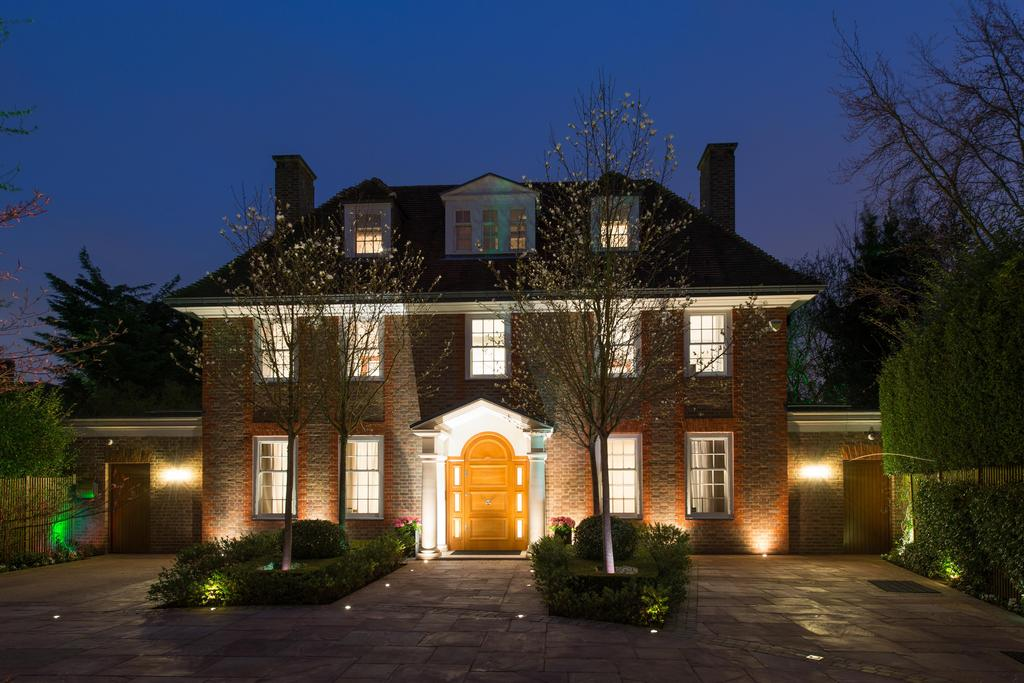 9 Bedrooms Detached House for sale in Hampstead Garden Suburb