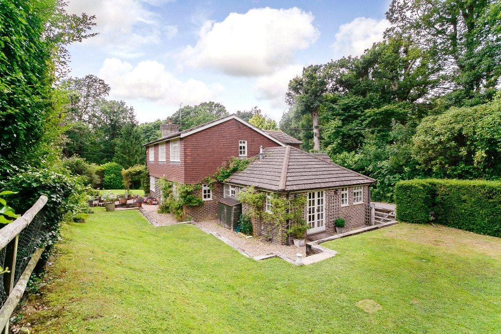5 Bedrooms Detached House for sale in Spronketts Lane, Bolney, Haywards Heath, West Sussex