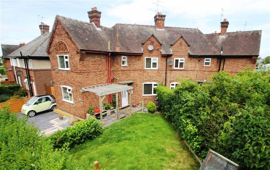 3 Bedrooms Semi Detached House for sale in Oak Road, Lache