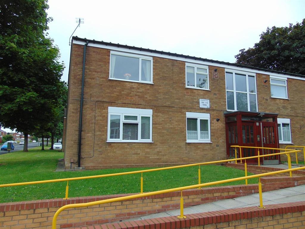 1 Bedroom Flat for sale in Kingshayes Road, Aldridge
