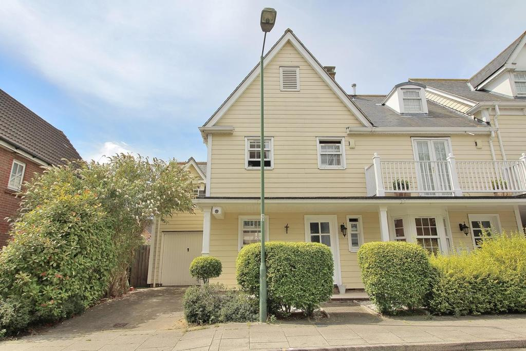 3 Bedrooms End Of Terrace House for sale in Burnell Gate, Beaulieu Park, Chelmsford, Essex, CM1