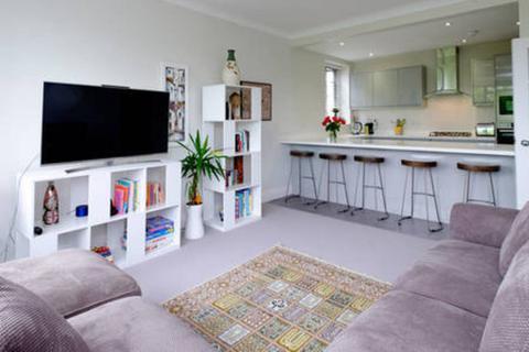 3 bedroom property to rent - 17 Wilbury Road, Hove