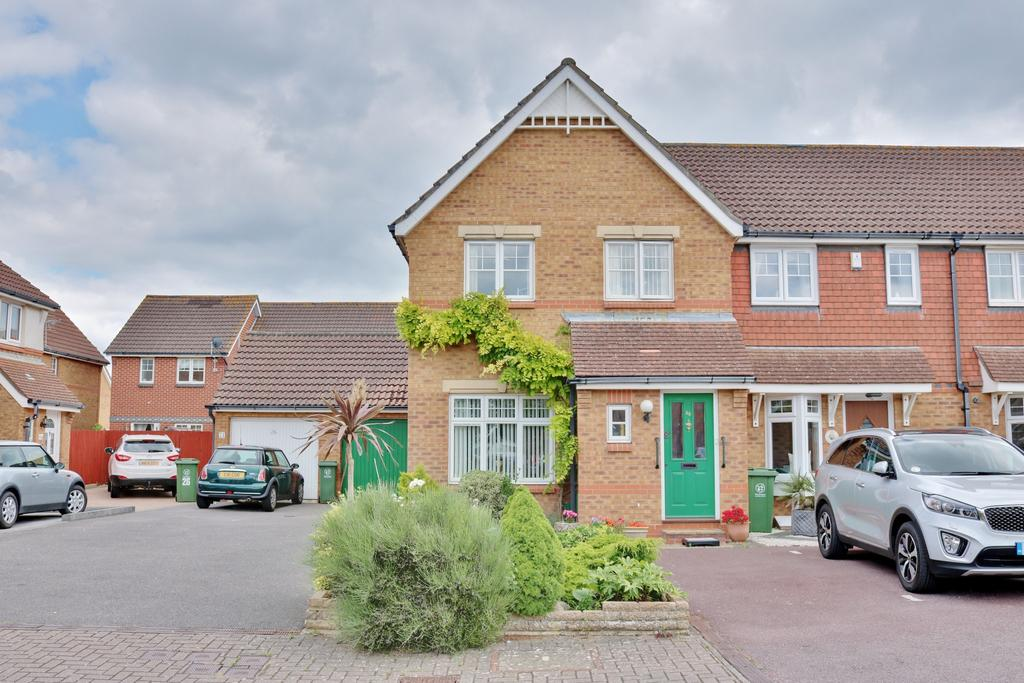 3 Bedrooms End Of Terrace House for sale in Valiant Gardens, Hilsea, Portsmouth