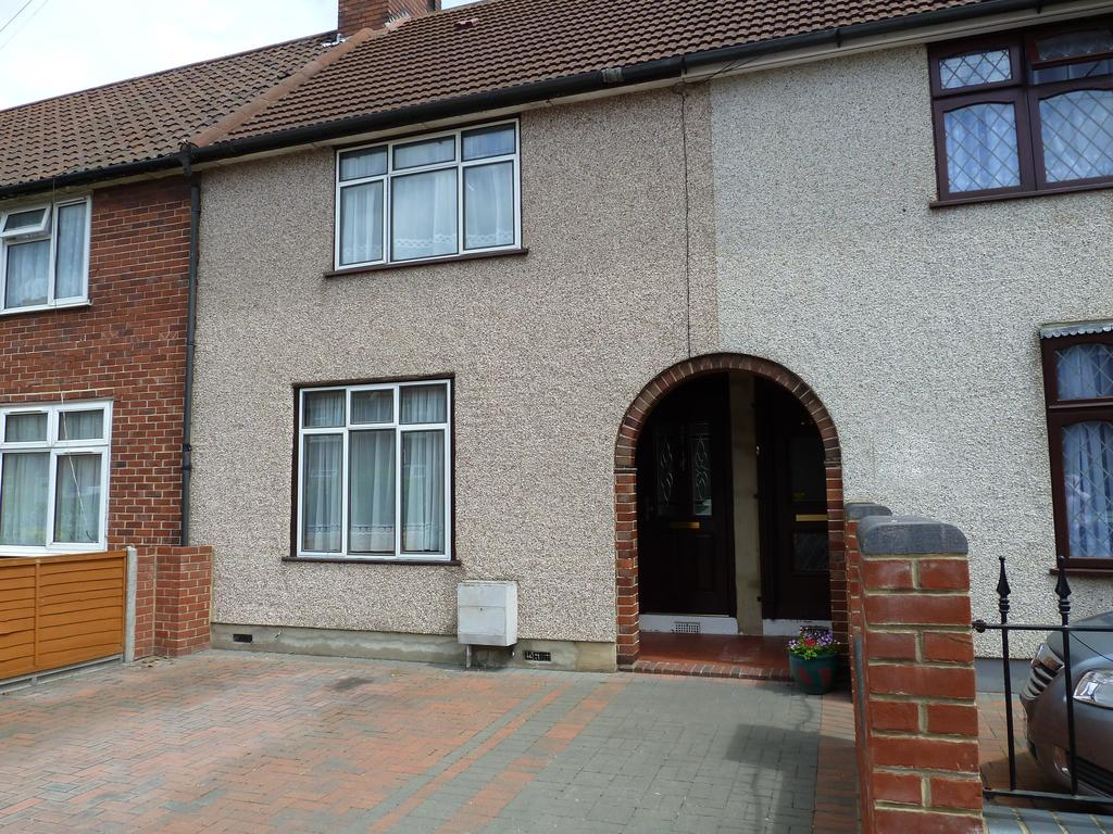 2 Bedrooms Terraced House for sale in Cannington Road, DAGENHAM, Greater London RM9