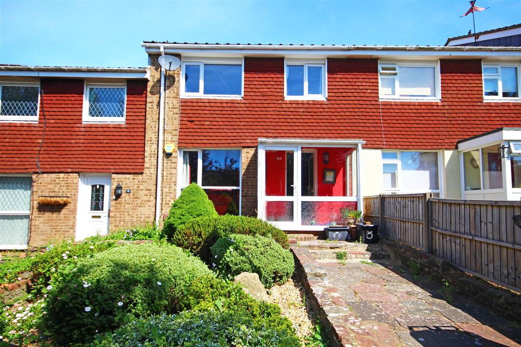 3 Bedrooms Terraced House for sale in College Close, Mile Oak, Portslade