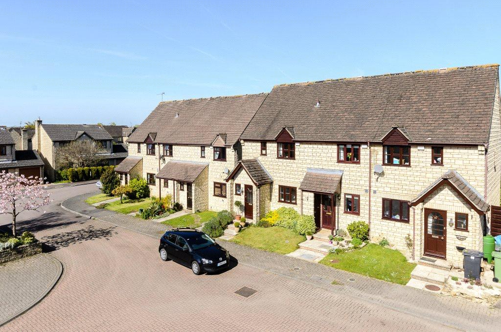 3 Bedrooms End Of Terrace House for sale in Michaels Mead, Cirencester, Gloucestershire, GL7
