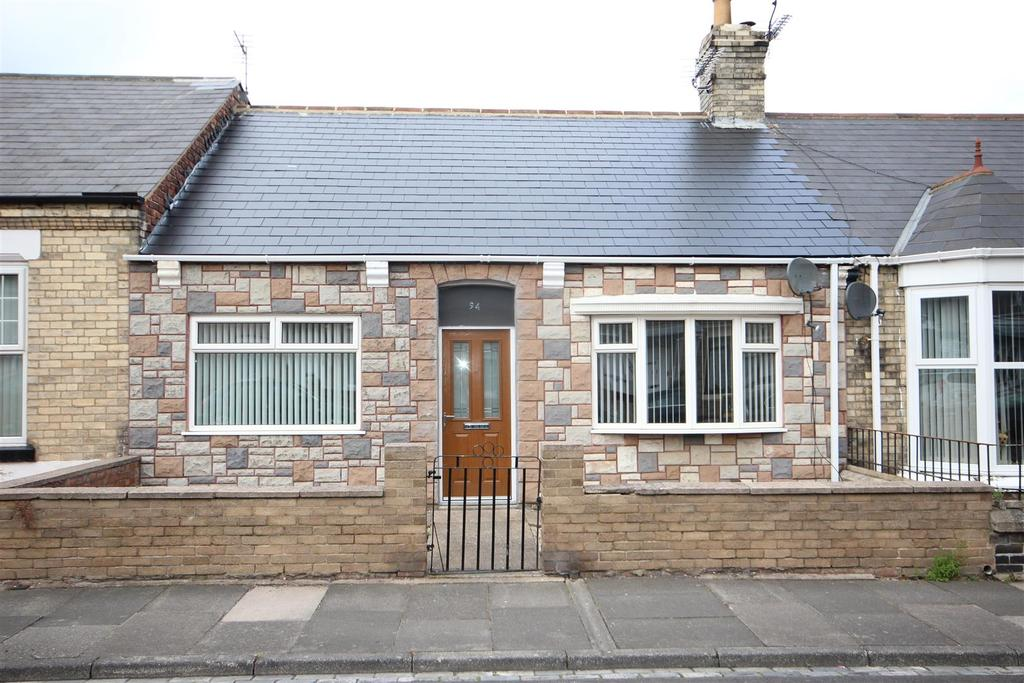4 Bedrooms Terraced Bungalow for sale in Sandringham Road, Hartlepool