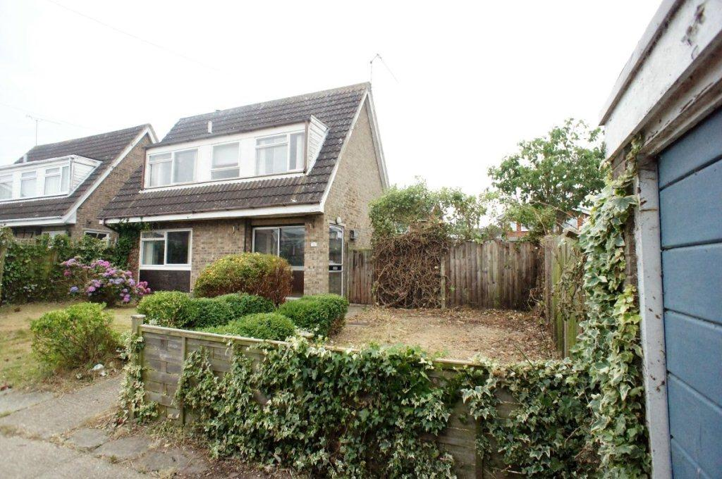 2 Bedrooms Detached House for sale in Whiskin Close, Oulton Broad