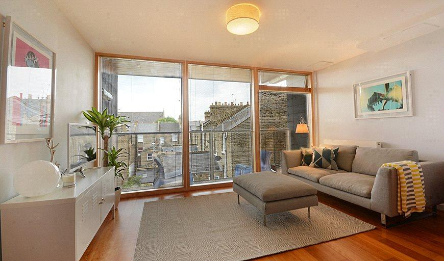 1 Bedroom Flat for sale in Garland Court, 26 Wansey Street, London, SE17