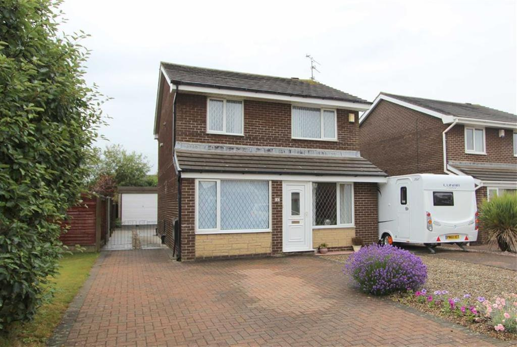 3 Bedrooms Detached House for sale in Anson Close, Lytham St Annes, Lancashire