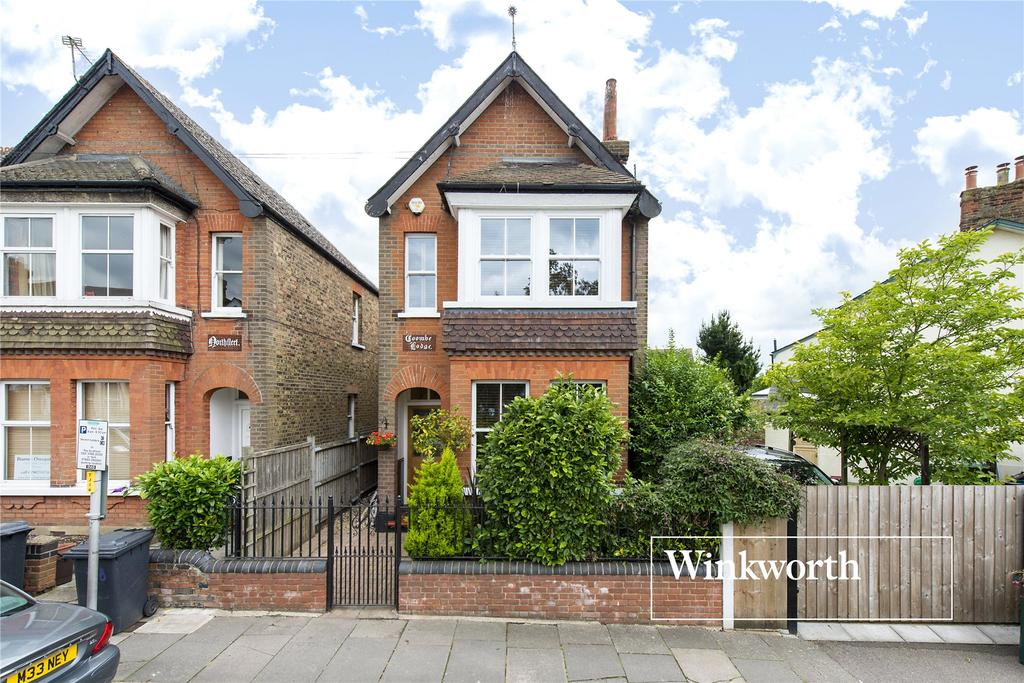 4 Bedrooms Link Detached House for sale in Strafford Road, High Barnet, Herts, EN5