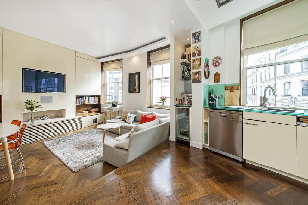 2 Bedrooms Flat for sale in Cleveland Square, Bayswater
