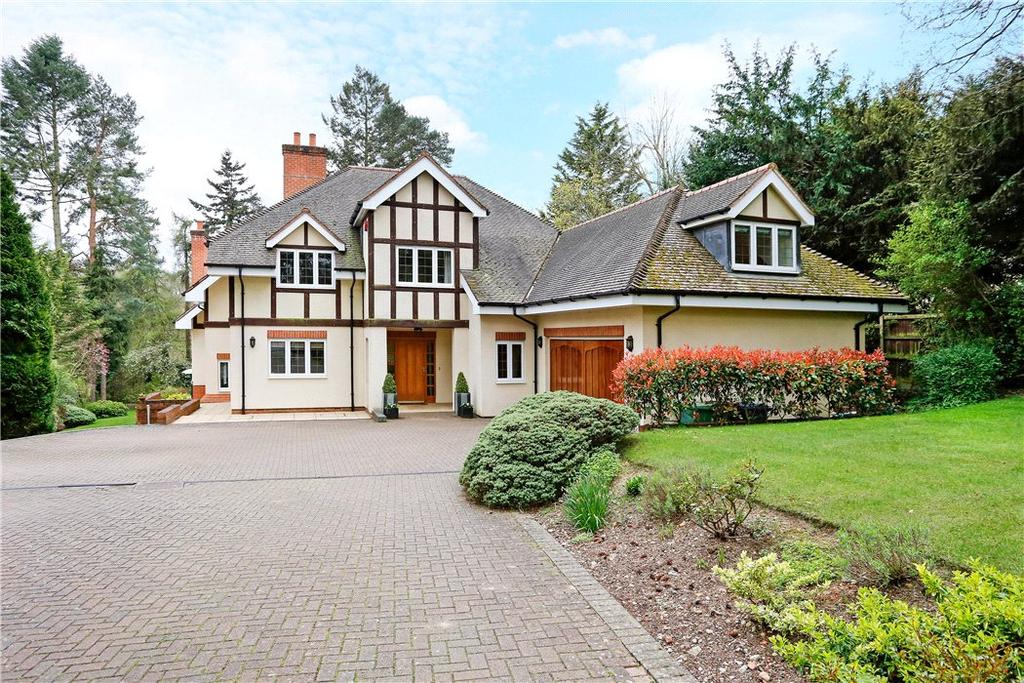 5 Bedrooms Detached House for sale in Long Grove, Seer Green, Beaconsfield, Buckinghamshire, HP9