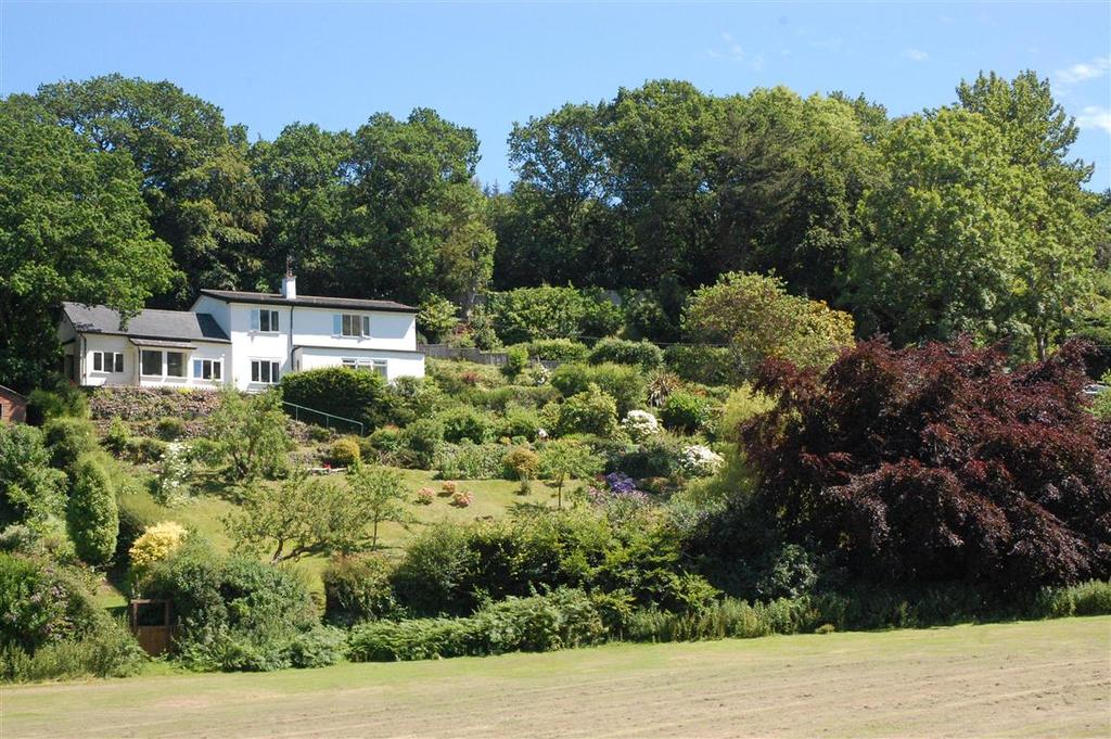 4 Bedrooms Detached House for sale in Doverhay, Porlock TA24