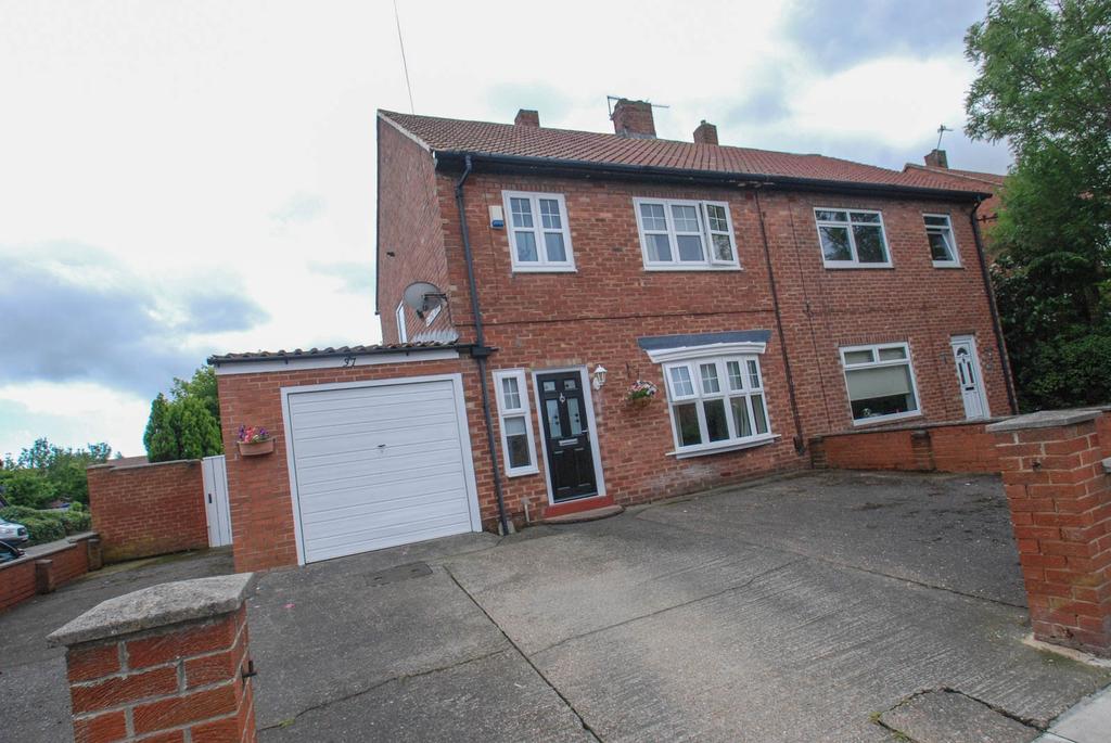 3 Bedrooms Semi Detached House for sale in Felton Avenue, South Shields