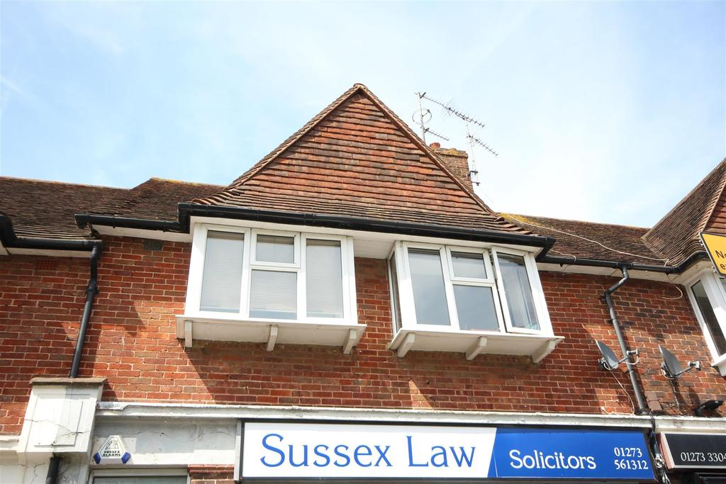 3 Bedrooms Maisonette Flat for sale in Ladies Mile Road, Patcham, Brighton