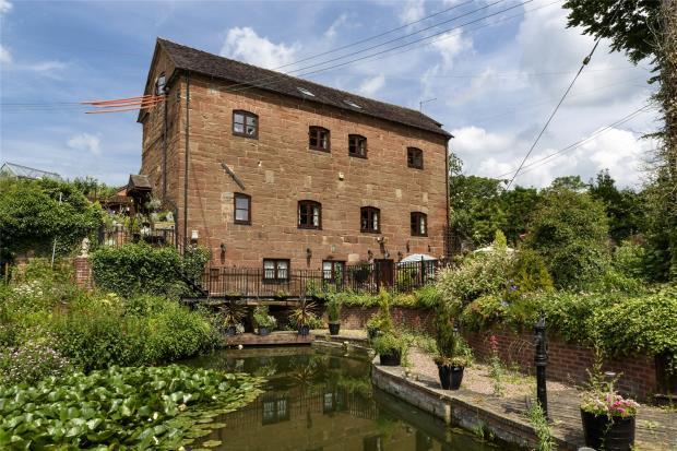 4 Bedrooms Detached House for sale in Rosehill Mill and Lakeside Cottage, Rosehill, Market Drayton, Shropshire