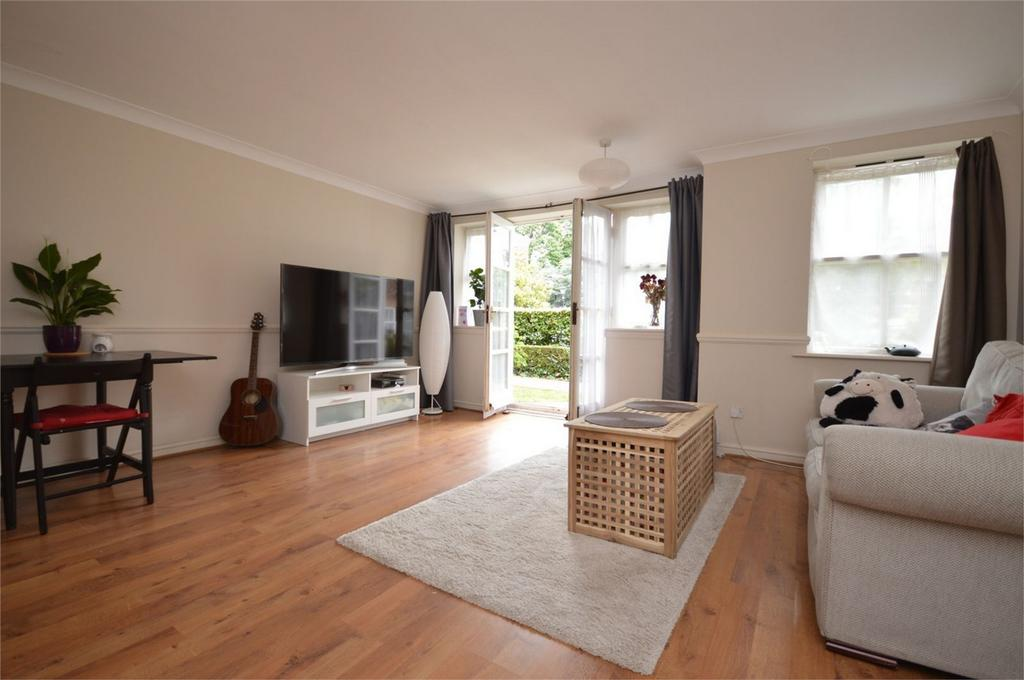 2 Bedrooms Flat for sale in 189 High Road, South Woodford, LONDON