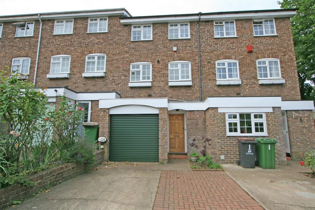 3 Bedrooms Town House for sale in Patterdale Close, Bromley, Kent