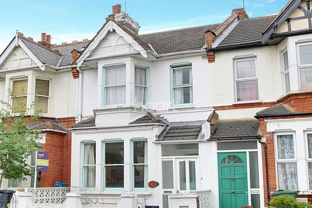 3 Bedrooms Terraced House for sale in Twickenham Road, Leytonstone