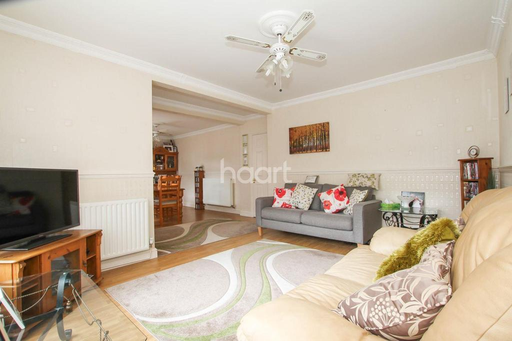 4 Bedrooms Terraced House for sale in Cowper Road