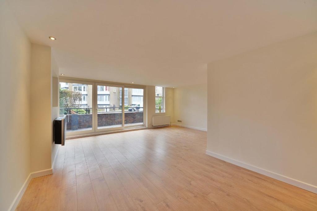 2 Bedrooms Flat for sale in Steeles Road, Belsize Park