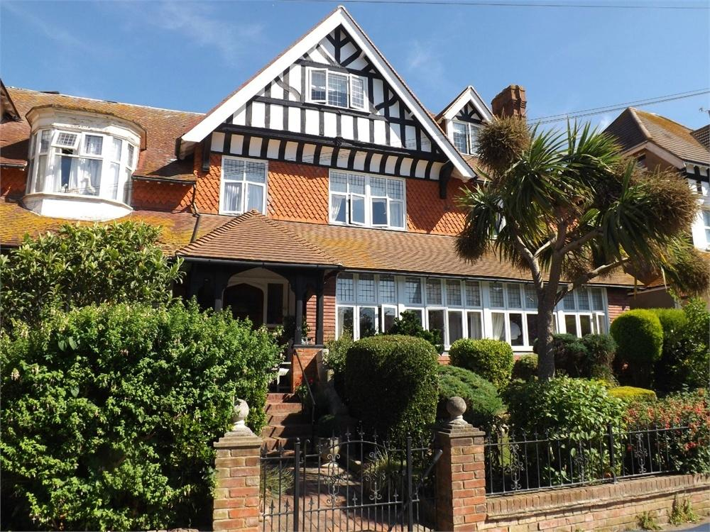 5 Bedrooms Semi Detached House for sale in Cantelupe Road, Bexhill-on-Sea, East Sussex