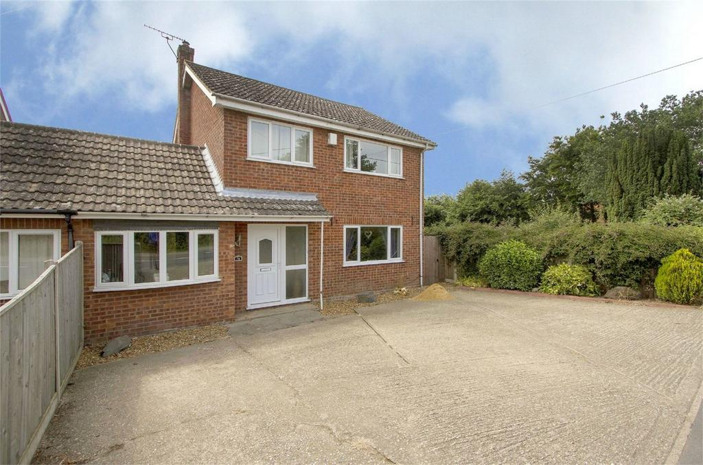 4 Bedrooms Semi Detached House for sale in Norwich Road, Bawdeswell, Norfolk