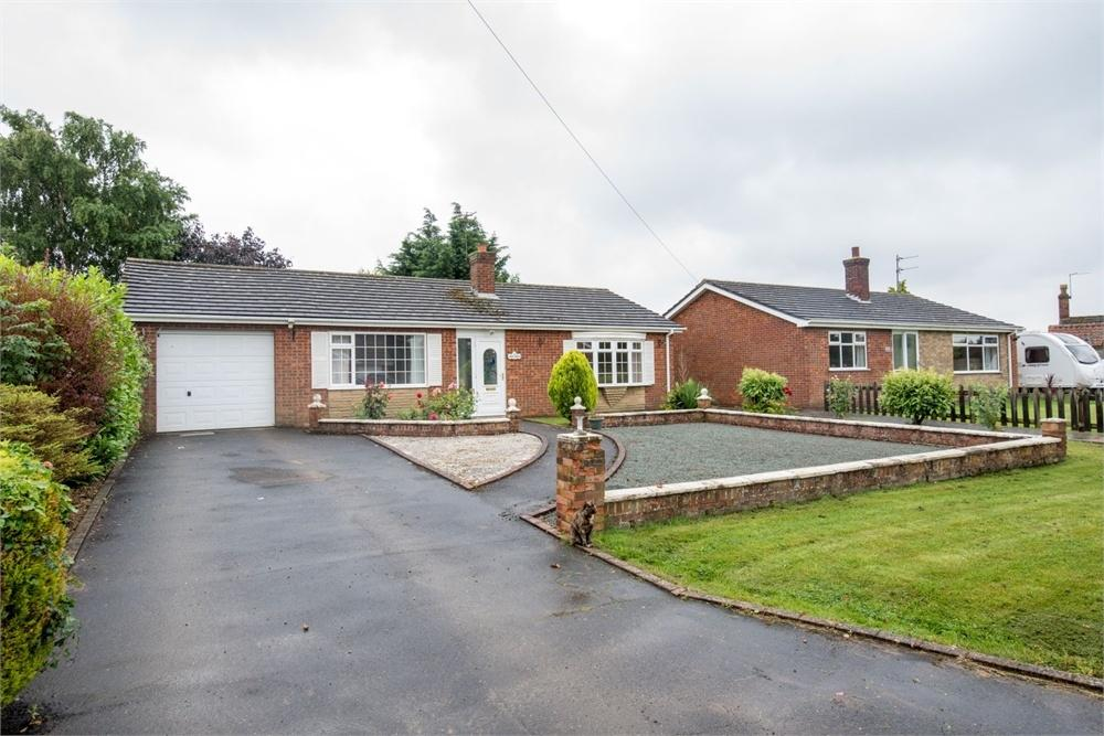 2 Bedrooms Detached Bungalow for sale in Mill Way, Field Lane, Friskney, Lincolnshire