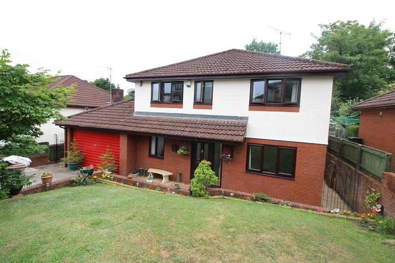 4 Bedrooms Detached House for sale in Brooklea , Caerleon, Newport. NP18 3PR