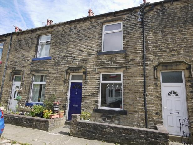 2 Bedrooms Terraced House for sale in Gaythorne Terrace Hipperholme Halifax