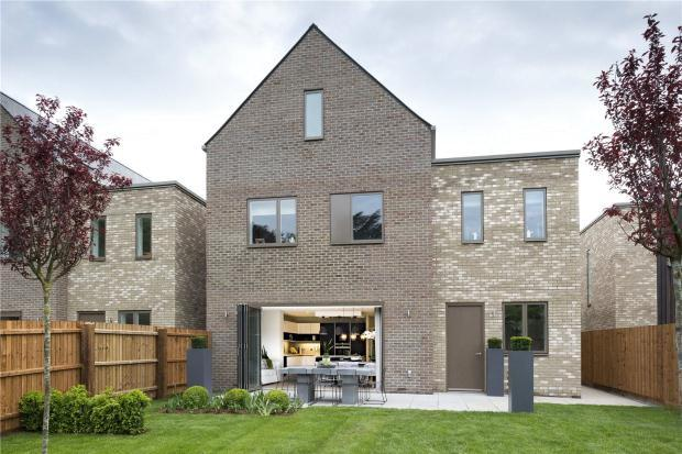 5 Bedrooms Detached House for sale in Ninewells, Cambridge, Cambridgeshire