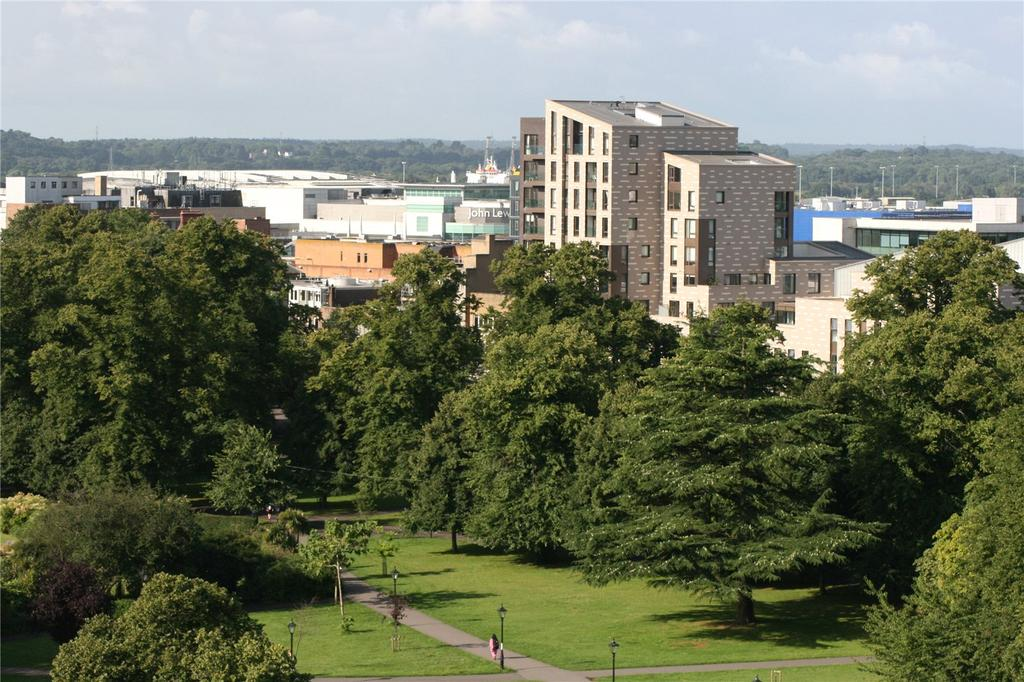 2 Bedrooms Flat for sale in Guildhall Apartments, Civic Centre, Southampton, SO14