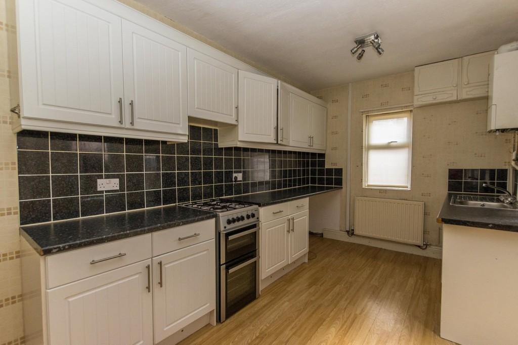 3 Bedrooms Terraced House for sale in Durham Street, Barrow-In-Furness