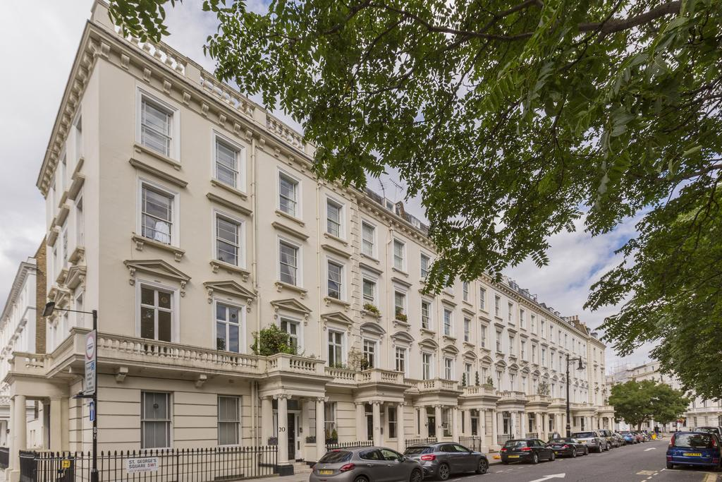 2 Bedrooms Flat for sale in St. George's Square, SW1V