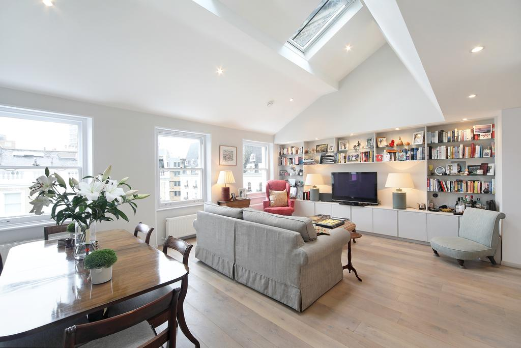 2 Bedrooms Flat for sale in Southwell Gardens, SW7