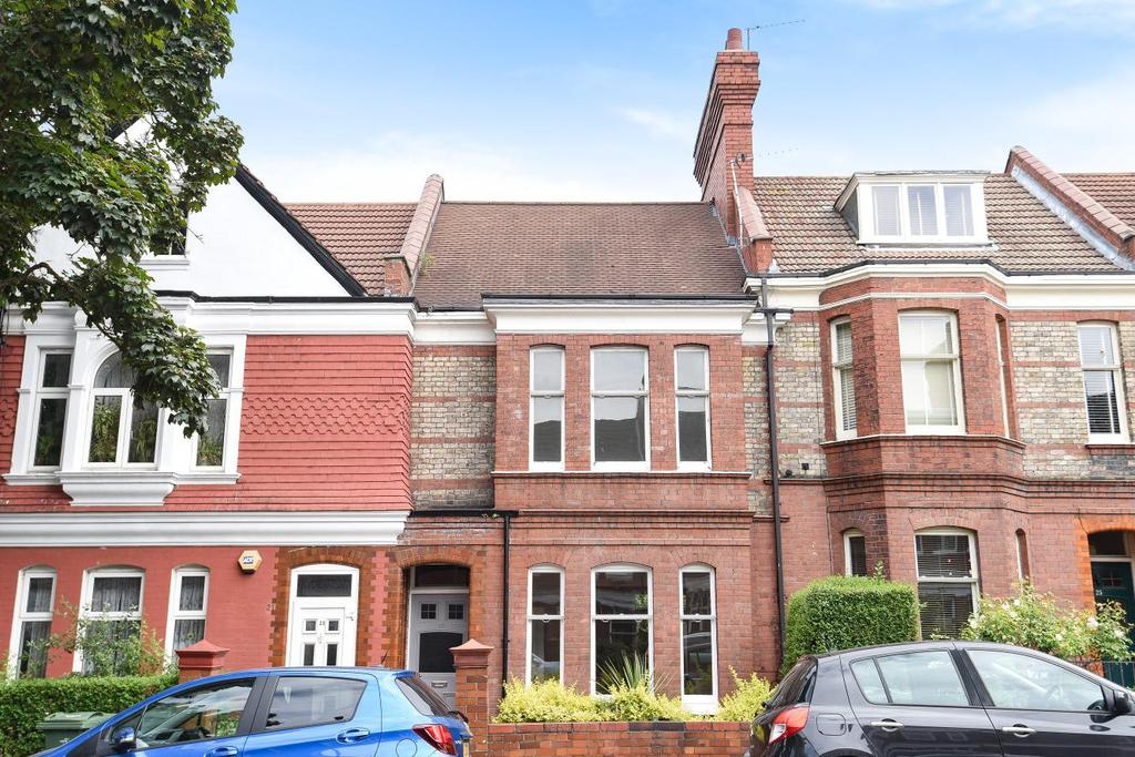 4 Bedrooms Terraced House for sale in Cricklade Avenue, Streatham Hill, SW2